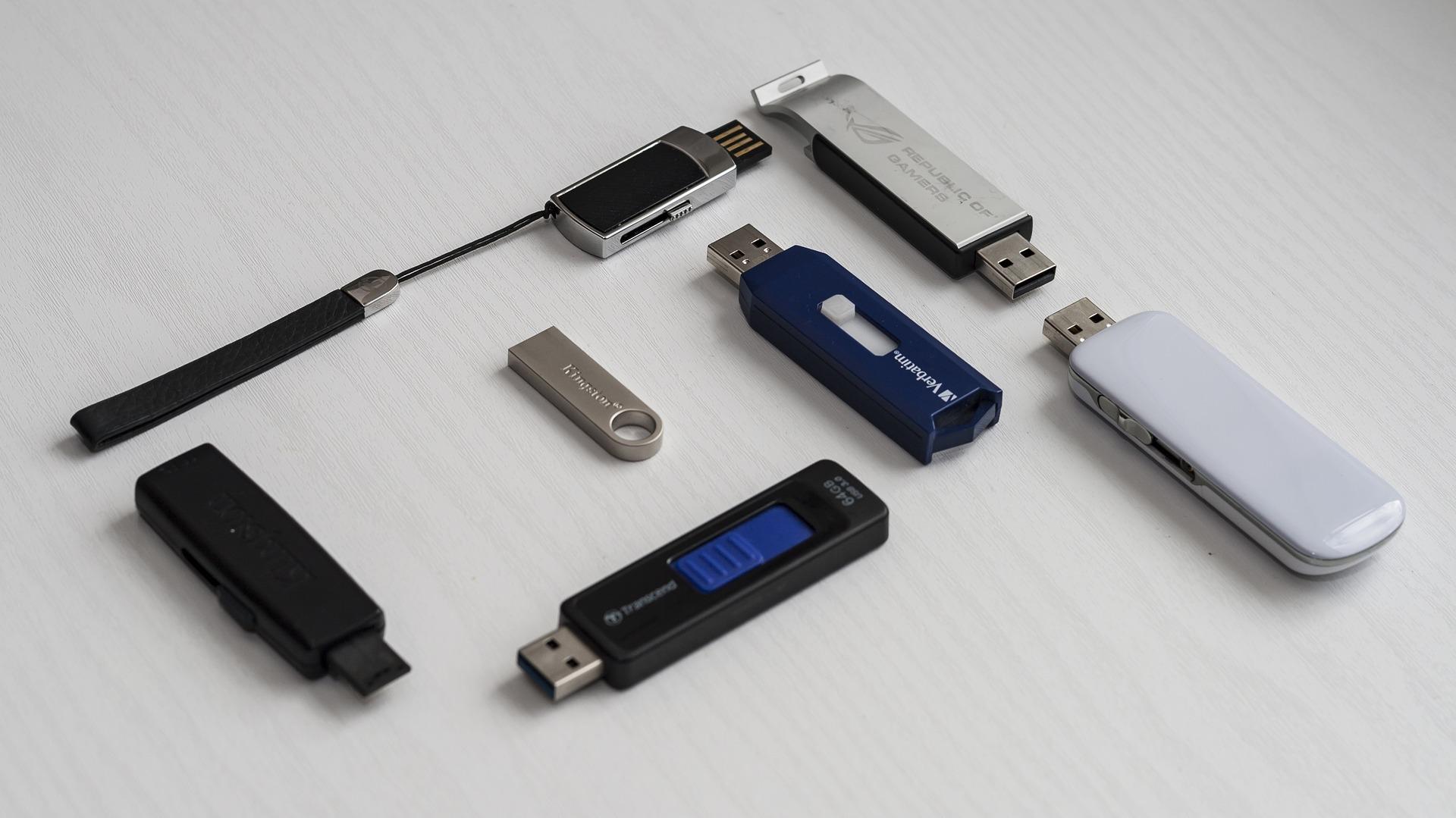 USB sticka